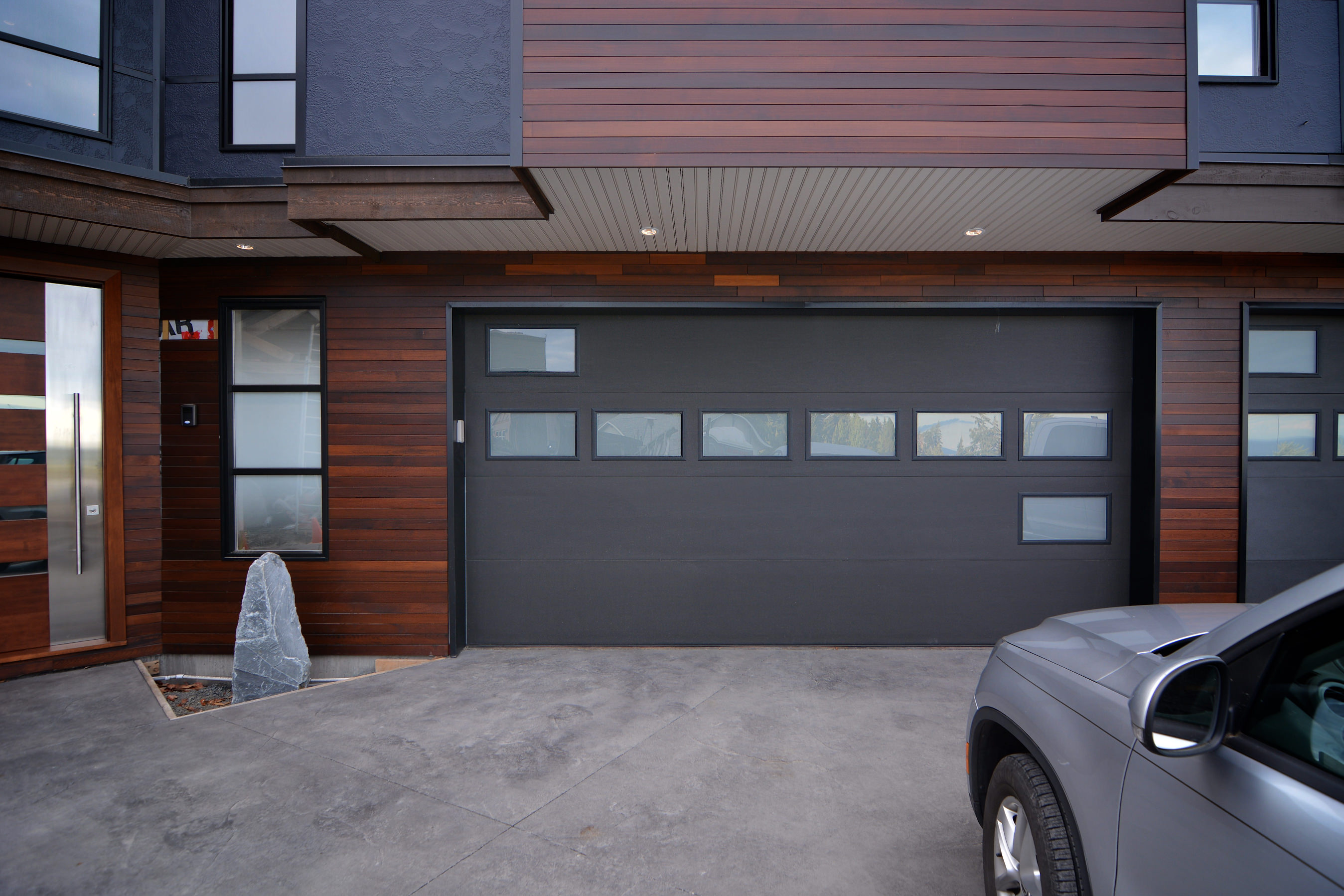 Garage security victoria bc (1)